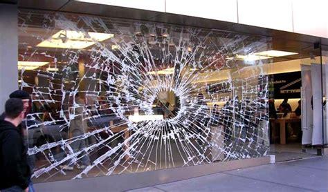 The Art Of Window Displays (15 Creative Examples