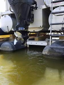 Check Out My Custom Hydrohoist Floating Tritoon Boat Lift