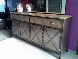 Meuble Acier Bois : meuble industriel buffet acier et bois projets essayer pinterest meubles industriels ~ Teatrodelosmanantiales.com Idées de Décoration