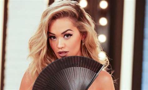 Rita Ora Nackt In Der Badewanne Von Wegen Selbstzweifel