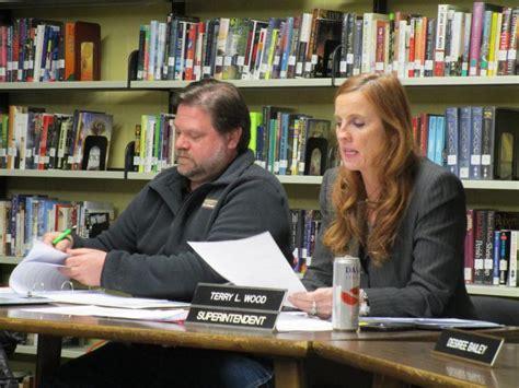 school committee aims flat budget wiscasset newspaper
