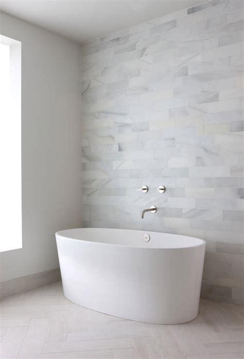 white stone bathroom tiles ideas  pictures