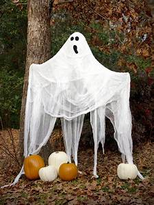 Outdoor, Halloween, Decorations, Ideas, To, Stand, Out