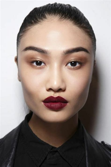 Le rouge à lèvres les dernières tendances chez le maquillage!