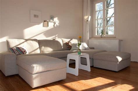 Herrlich Wohnzimmergestaltung In Beige Grau Wohnzimmergestaltung Sofas In Beige Und Anderen Hellen