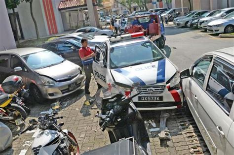 police cars involved  multi vehicle accident  jurong