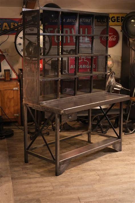 meuble de métier ancien bureau de tri postal deco loft