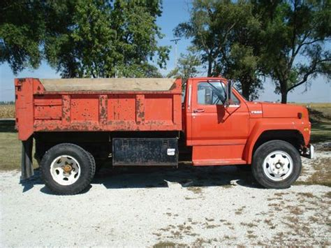 Sell Used 1988 F600 Dump Truck In Dwight, Illinois, United