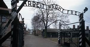 Auschwitz vvandalized