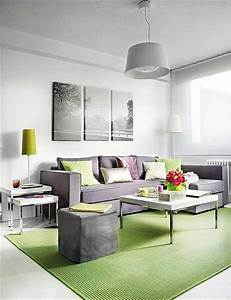 Small living room decorating ideas with furniture for Furniture designs for small living room
