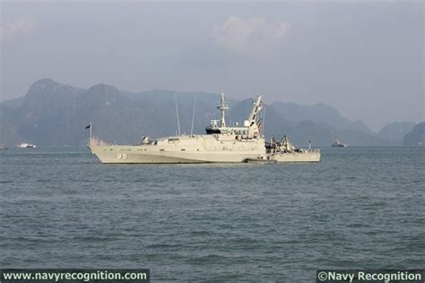 Armidale Class Patrol Boat Specifications by Australia S White Paper Prioritizes Naval Forces