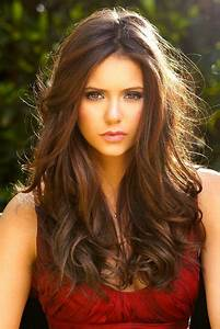 Nina Dobrev Hairstyle | Full HD Pictures