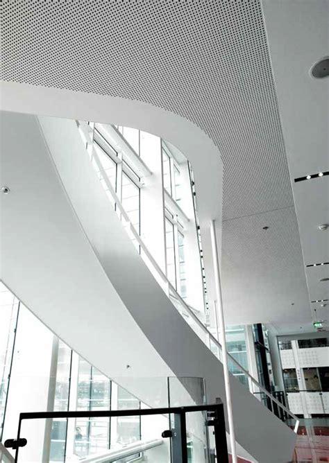 faux plafond acoustique en placo rigitone activ air 174 8 18 q by gobain gyproc