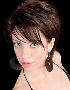 Coupe De Cheveux Femme Courte : modele de coupe de cheveux court pour femme ~ Melissatoandfro.com Idées de Décoration