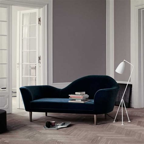 gubi sofa grand piano petrol   skandinavische