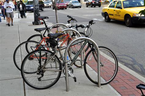 Classic Bike U Rack Cyclesafe