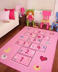 tapis pour enfant un aire de jeux et de repos dans sa With tapis jeu enfant