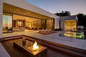 58 schone terrassen zum inspirieren archzinenet for Feuerstelle garten mit markise balkon 4m