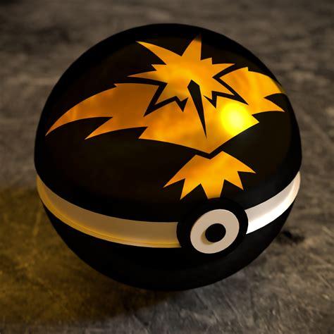 Wallpaper Pokeball, Pokemon GO, Team Yellow, Team Instinct