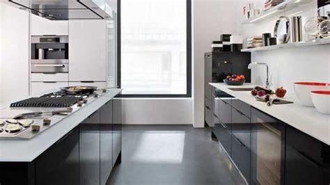 cuisine blanche et plan de travail noir cuisine noir plan de travail blanc