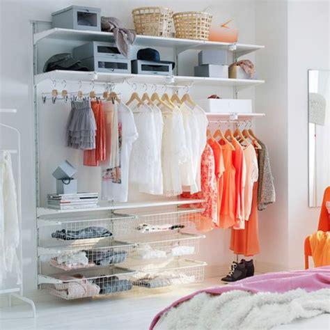 dressing ouvert chambre chambre et dressing dressing blanc ouvert dans une
