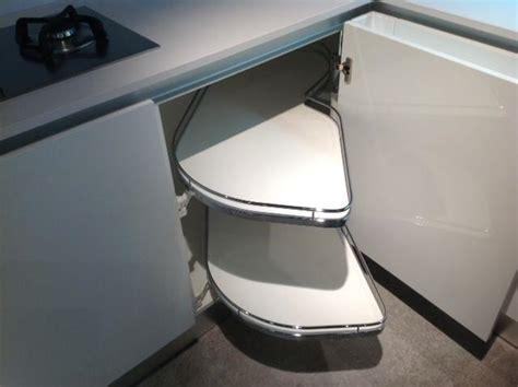 cuisine plus lens rangement mobilier cuisine lens tiroir placard plan