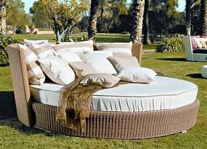 outdoor daybed elegant patio furniture for a pleasant relax With katzennetz balkon mit rattan corner sofa garden furniture