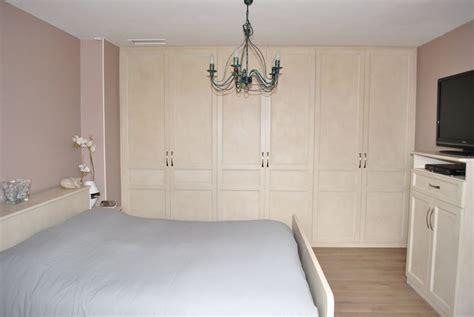 rideaux pour placard de chambre placard de chambre sur mesure faire un dressing à