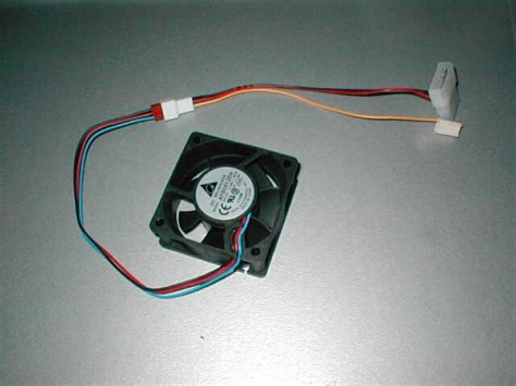 3 pin fan to 4 pin motherboard adapter ocmodshop com computers video games gadgets and nerd