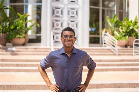 'Be bold': UF student becomes youngest elected official in ...