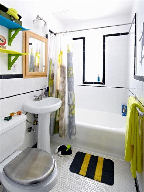 boys bathroom ideas boys skateboard style bathroom diy
