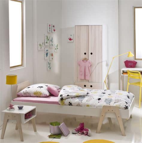 lit chambre fille chambre fille avec lit baldaquin raliss com