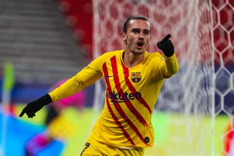Barcelona star Antoine Griezmann to miss the end of 2019 ...