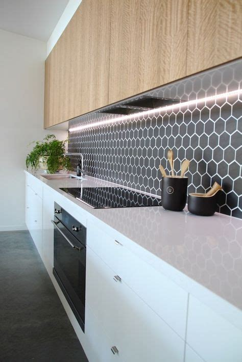 eye catchy hexagon tile ideas  kitchens digsdigs