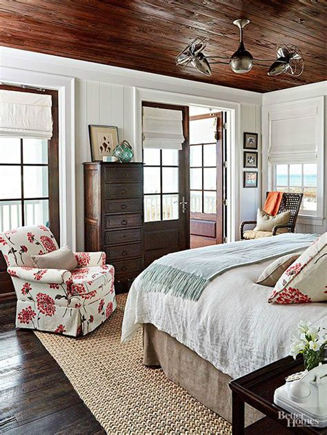 Stile Cottage by 10 Steps To Create A Cottage Style Bedroom Decoholic