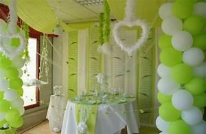 Decoration Salle Mariage Pas Cher : deco de fete pas cher le mariage ~ Teatrodelosmanantiales.com Idées de Décoration