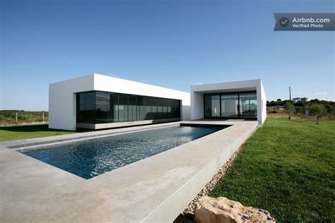 Moderne Häuser Portugal by A Modernist Country Villa In Almoster Portugal