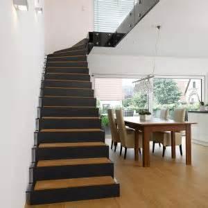 gerade treppen kombination holz stahl treppen treppenbau holztreppen metalltreppen steintreppen