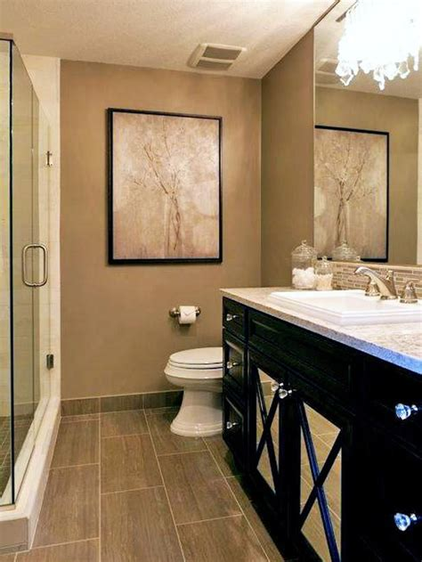 Neutral Colored Bathrooms by 233 Best Hgtv Bathrooms Images On Bathroom