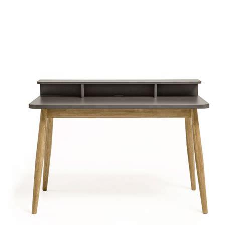 bureau pratique et design bureau design scandinave chêne et laque farsta drawer