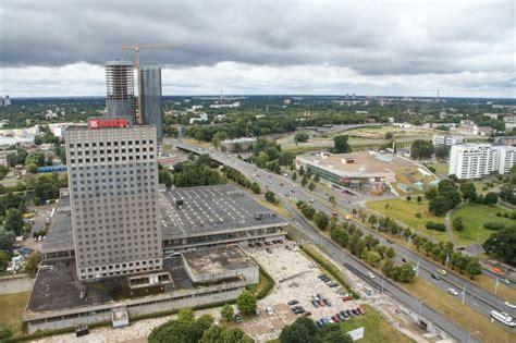 Preses nama pārbūve krietni paplucinās Eiropā lielāko ...