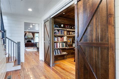 Barn Doors For Homes by 20 Home Offices With Sliding Barn Doors