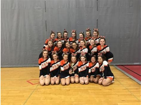 oswego high school cheerleading activities