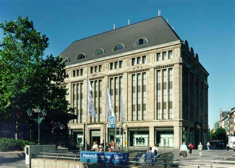 Düsseldorf Carschhaus  Einkaufszentren Und Kaufhäuser