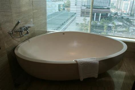 Big Bath by Big Bath Tub Picture Of Hotel Indonesia Kempinski