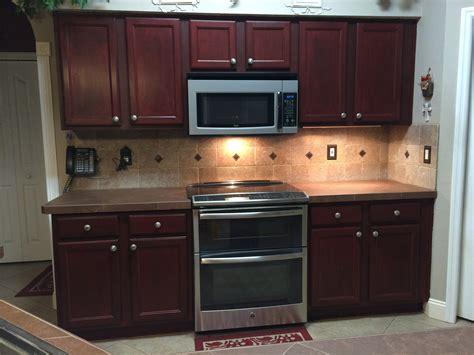 best top coat for kitchen cabinets rustoleum cabinet transformations protective top coat 9216