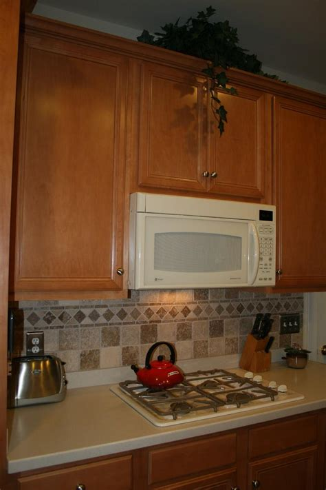 ceramic tile kitchen backsplash ideas tile backsplash ideas for kitchen luxurious royalsapphires com