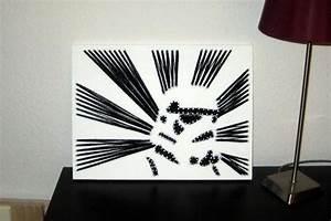 Bild Mit Nägeln Und Faden : fadenbild mit einem modernen star wars motiv sturmtruppler das bild wurde mit n geln und ~ Frokenaadalensverden.com Haus und Dekorationen