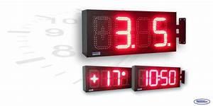 Uhr Für Aussenbereich : led uhr f r den innen und au enbereich zweiseitig wecl175 r zs mit ausleger wetelco ~ Orissabook.com Haus und Dekorationen