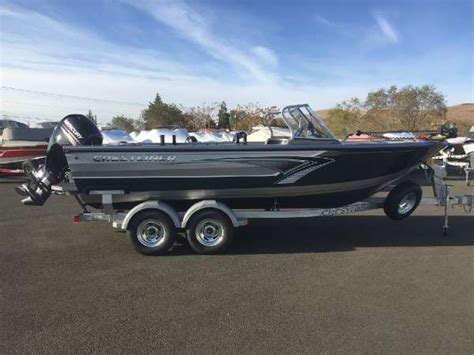 Boats For Sale Yakima by Crestliner 2050 Authority Boats For Sale In Yakima Washington